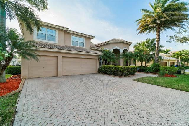 1860 NW 168th Ave, Pembroke Pines, FL 33028 (MLS #A10819158) :: United Realty Group