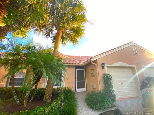 8515 Logia Cir, Boynton Beach, FL 33472 (MLS #A10819552) :: The Teri Arbogast Team at Keller Williams Partners SW