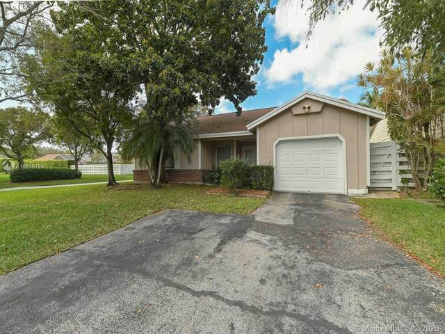 15002 SW 143rd Ct, Miami, FL 33186 (MLS #A10819724) :: Green Realty Properties