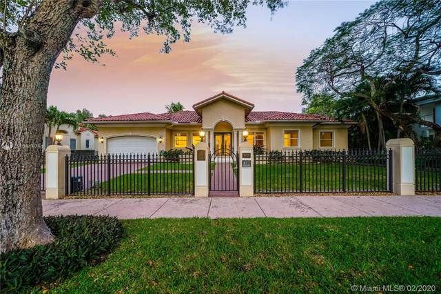 1425 Alberca St, Coral Gables, FL 33134 (MLS #A10819751) :: Green Realty Properties