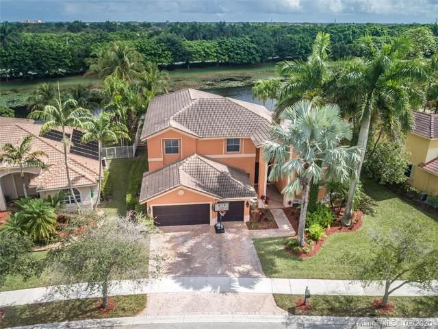 1035 Waterside Cir, Weston, FL 33327 (MLS #A10820016) :: The Levine Team