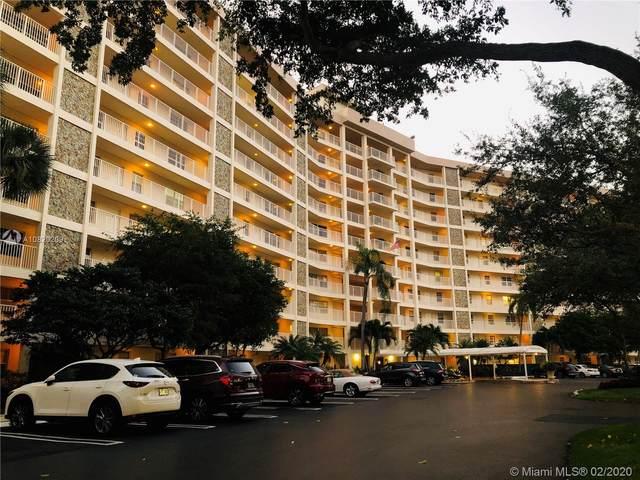 3507 Oaks Way #607, Pompano Beach, FL 33069 (MLS #A10820209) :: Grove Properties