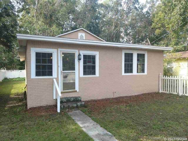 1605 E University Ave, Gainesville, FL 32641 (MLS #A10820239) :: Berkshire Hathaway HomeServices EWM Realty