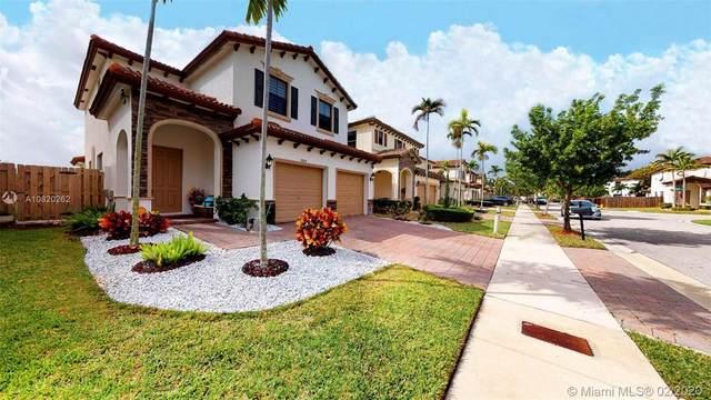 9204 SW 227th Ln, Cutler Bay, FL 33190 (MLS #A10820262) :: Berkshire Hathaway HomeServices EWM Realty