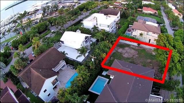 245 Buttonwood Dr, Key Biscayne, FL 33149 (MLS #A10820289) :: Berkshire Hathaway HomeServices EWM Realty
