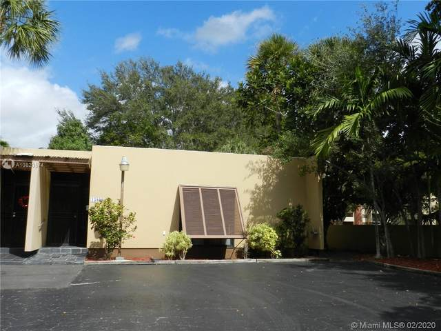 15809 Kingsmoor Way #15809, Miami Lakes, FL 33014 (MLS #A10820574) :: Grove Properties