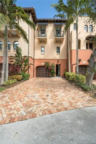6222 Paradise Point Dr #0, Palmetto Bay, FL 33157 (MLS #A10820611) :: Kurz Enterprise