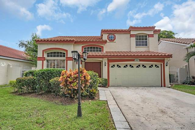 2621 Cayenne Ave, Cooper City, FL 33026 (MLS #A10820811) :: The Levine Team