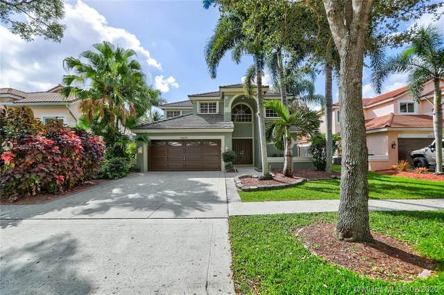 10402 Santiago St, Cooper City, FL 33026 (#A10821159) :: Real Estate Authority