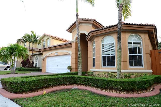 11046 NW 84th St, Doral, FL 33178 (MLS #A10821888) :: Berkshire Hathaway HomeServices EWM Realty