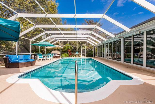 10300 Old Cutler Rd, Coral Gables, FL 33156 (MLS #A10822029) :: Ray De Leon with One Sotheby's International Realty