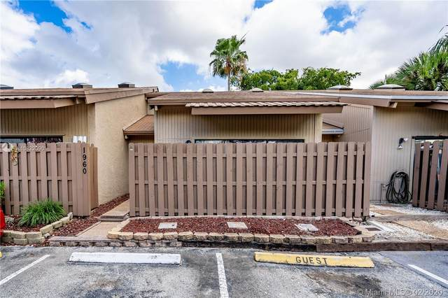 1960 SW 81st Ter #1960, Davie, FL 33324 (MLS #A10822090) :: THE BANNON GROUP at RE/MAX CONSULTANTS REALTY I