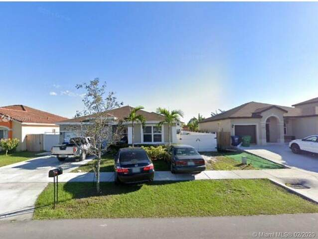 18922 SW 318th Ter, Homestead, FL 33030 (MLS #A10822381) :: United Realty Group