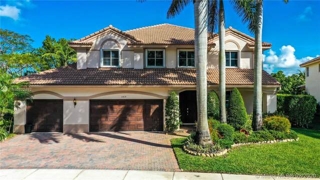 1419 Crossbill Ct, Weston, FL 33327 (#A10822492) :: Real Estate Authority