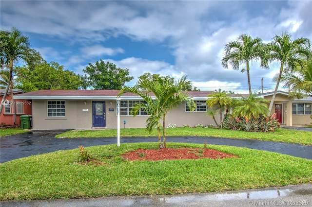 7701 NW 16th Ct #7701, Pembroke Pines, FL 33024 (MLS #A10822562) :: Kurz Enterprise