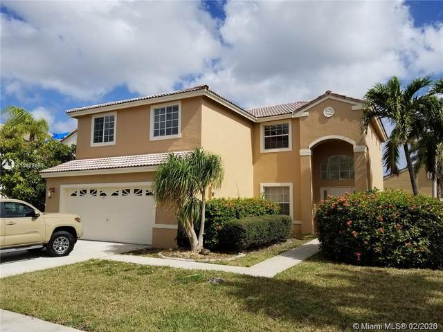 19031 NW 11th St, Pembroke Pines, FL 33029 (MLS #A10822601) :: The Levine Team