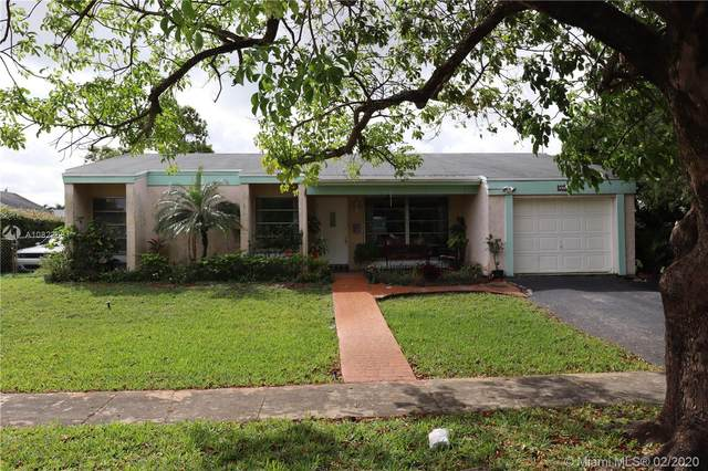 9700 NW 10th St, Pembroke Pines, FL 33024 (MLS #A10822661) :: Castelli Real Estate Services