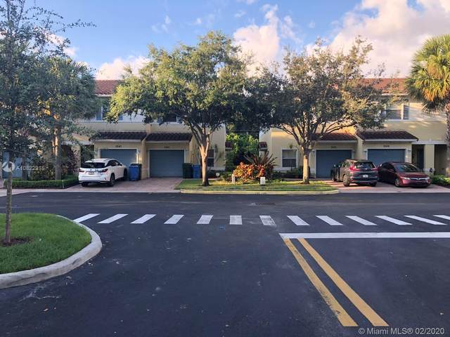 3109 NW 25th Way, Oakland Park, FL 33309 (MLS #A10822915) :: Castelli Real Estate Services