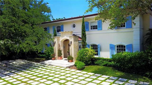 10255 Lakeside Dr, Coral Gables, FL 33156 (MLS #A10823484) :: The Riley Smith Group