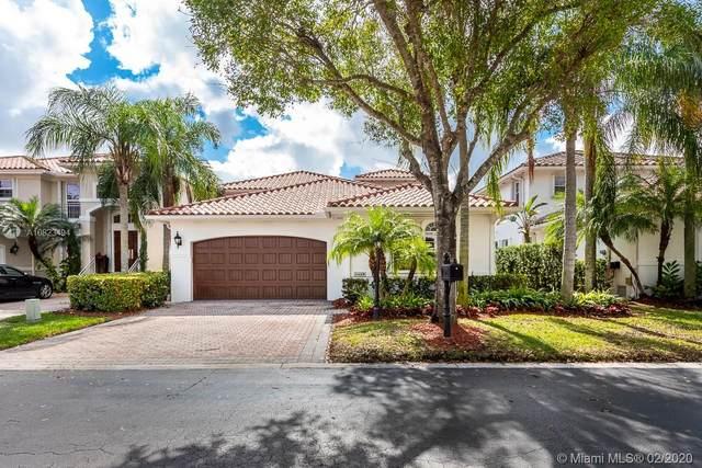 4449 NW 93rd Doral Ct, Doral, FL 33178 (MLS #A10823494) :: Berkshire Hathaway HomeServices EWM Realty