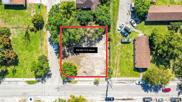 308 NW 75th St, Miami, FL 33150 (MLS #A10823536) :: The Teri Arbogast Team at Keller Williams Partners SW