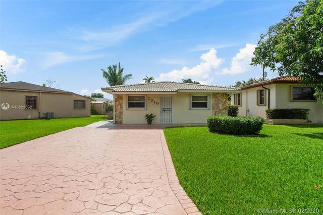 7310 SW 35th St, Miami, FL 33155 (MLS #A10823692) :: Berkshire Hathaway HomeServices EWM Realty