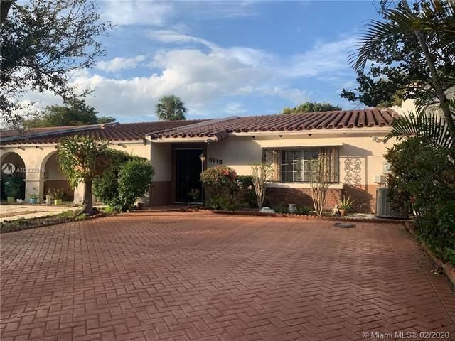6915 Holly Rd #6915, Miami Lakes, FL 33014 (MLS #A10823946) :: Berkshire Hathaway HomeServices EWM Realty