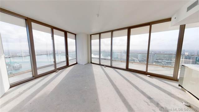 18975 Collins #4205, Sunny Isles Beach, FL 33160 (MLS #A10824309) :: Berkshire Hathaway HomeServices EWM Realty