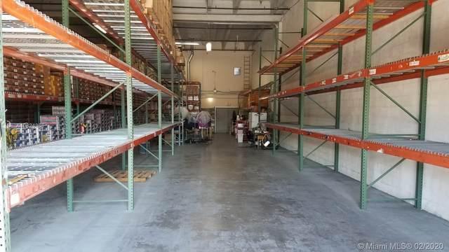 7754 NW 46th St, Doral, FL 33166 (MLS #A10824366) :: Berkshire Hathaway HomeServices EWM Realty