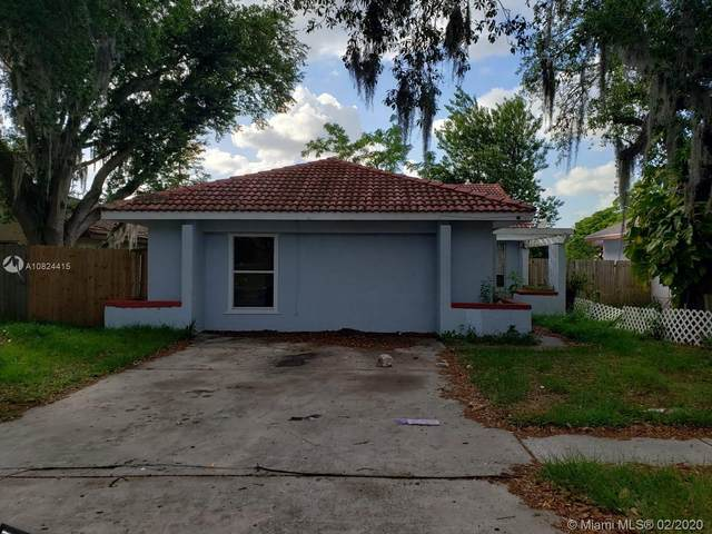 2212 Greenview Circle, Orlando, FL 32808 (MLS #A10824415) :: The Howland Group
