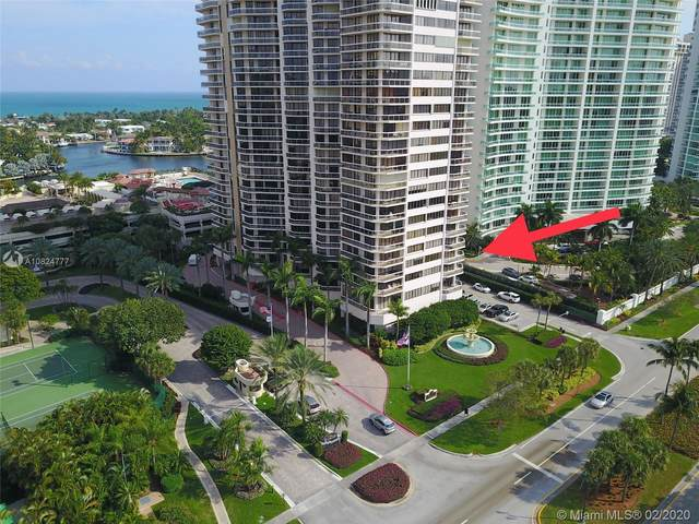 20185 E Country Club Dr #405, Aventura, FL 33180 (MLS #A10824777) :: The Howland Group