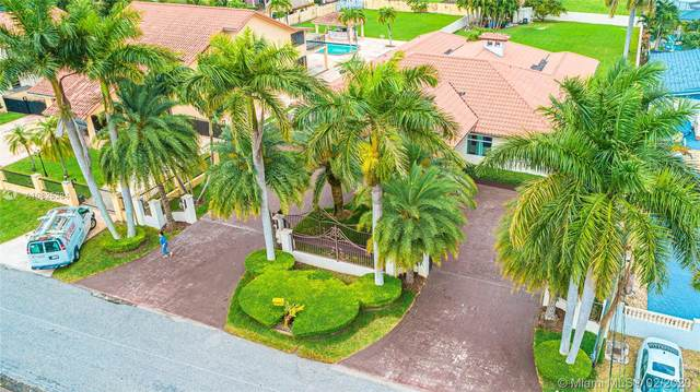 2704 SW 115th Ave, Miami, FL 33165 (MLS #A10825384) :: Berkshire Hathaway HomeServices EWM Realty
