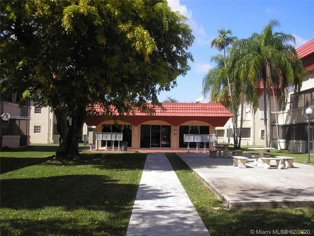 10901 N Kendall Dr #109, Miami, FL 33176 (MLS #A10825529) :: The Jack Coden Group