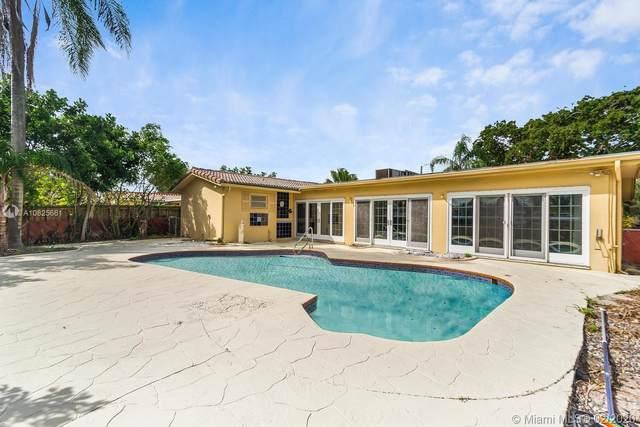 1811 N 53rd Ave, Hollywood, FL 33021 (MLS #A10825681) :: Berkshire Hathaway HomeServices EWM Realty