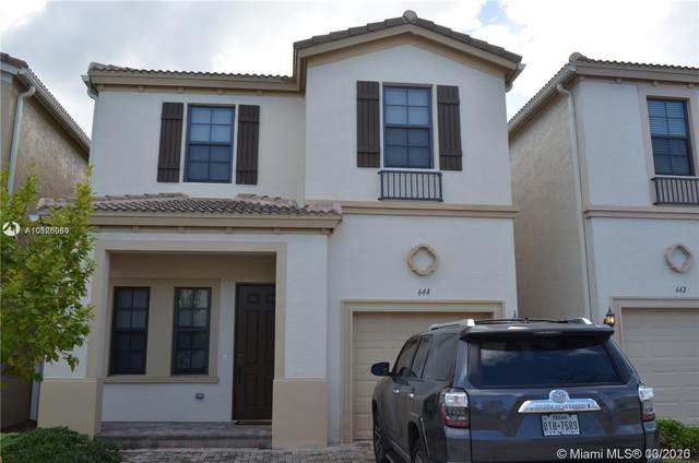 644 NE 191st Ter #644, Miami, FL 33179 (MLS #A10826080) :: Berkshire Hathaway HomeServices EWM Realty