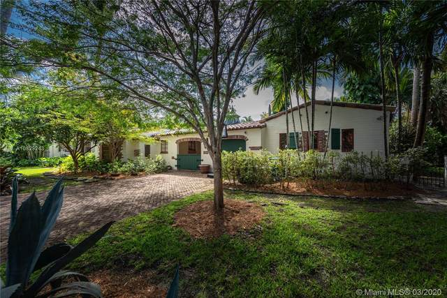 940 NE 72nd St, Miami, FL 33138 (MLS #A10829243) :: The Jack Coden Group