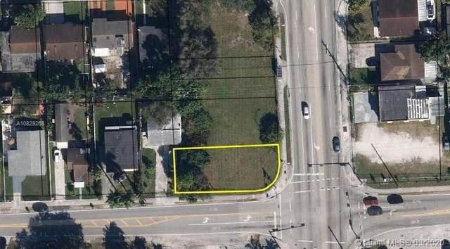 11110 NW 17th Ave, Miami, FL 33167 (MLS #A10829268) :: THE BANNON GROUP at RE/MAX CONSULTANTS REALTY I