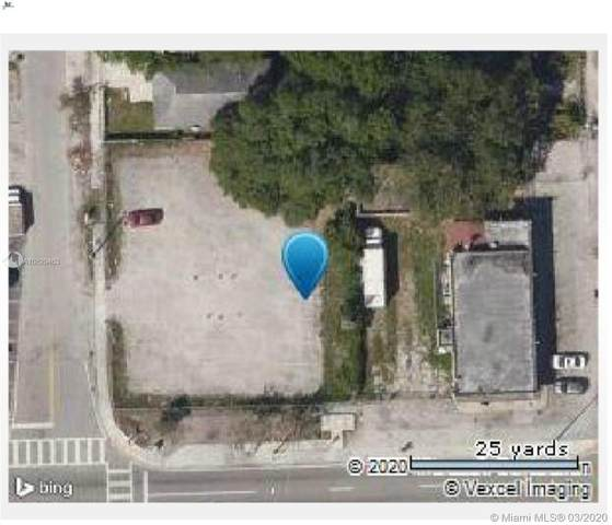1017 NW 79th St, Miami, FL 33150 (MLS #A10829463) :: Berkshire Hathaway HomeServices EWM Realty