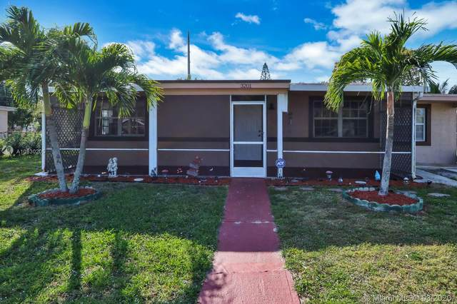 3201 Orange St, Boynton Beach, FL 33435 (MLS #A10830205) :: Berkshire Hathaway HomeServices EWM Realty