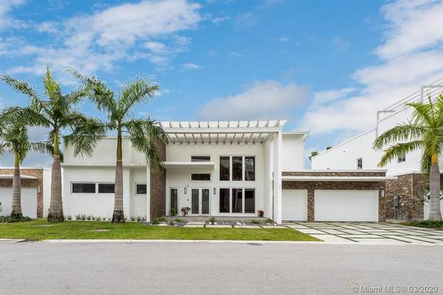 8236 NW 33rd Ter, Doral, FL 33122 (MLS #A10830815) :: Prestige Realty Group