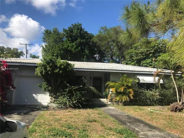 1001 NE 118th St, Biscayne Park, FL 33161 (MLS #A10831376) :: Lucido Global