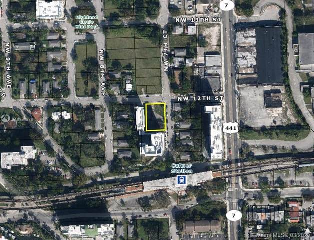 756 NW 12th St, Miami, FL 33136 (MLS #A10831878) :: The Jack Coden Group
