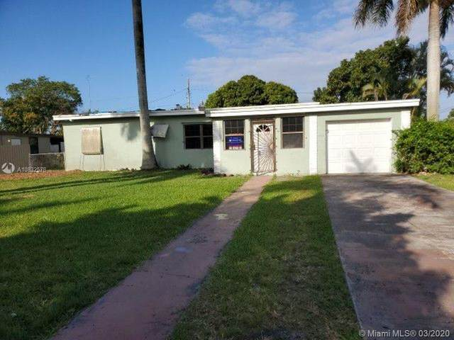30202 SW 172nd Ave, Homestead, FL 33030 (MLS #A10832578) :: Prestige Realty Group