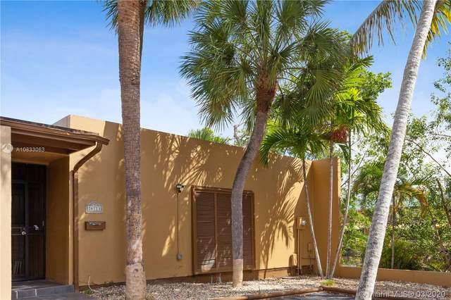 16113 Kingsmoor Way #16113, Miami Lakes, FL 33014 (MLS #A10833063) :: Laurie Finkelstein Reader Team