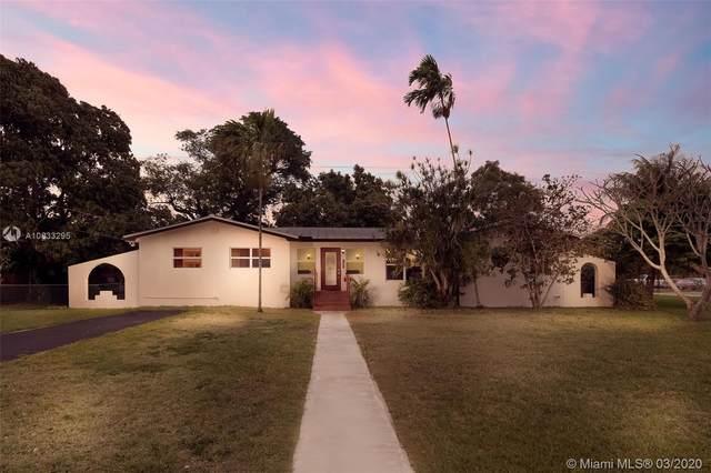 885 NE 111th St, Biscayne Park, FL 33161 (MLS #A10833295) :: Lucido Global