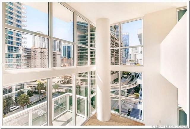 1080 Brickell Ave #701, Miami, FL 33131 (MLS #A10833620) :: The Teri Arbogast Team at Keller Williams Partners SW