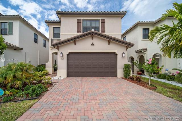 9744 W 34th Ct, Hialeah Gardens, FL 33018 (MLS #A10834538) :: Green Realty Properties