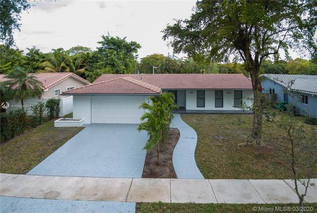 16431 Stonehaven Rd, Miami Lakes, FL 33014 (MLS #A10834977) :: Green Realty Properties