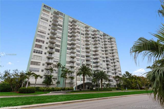 North Miami, FL 33181 :: Grove Properties