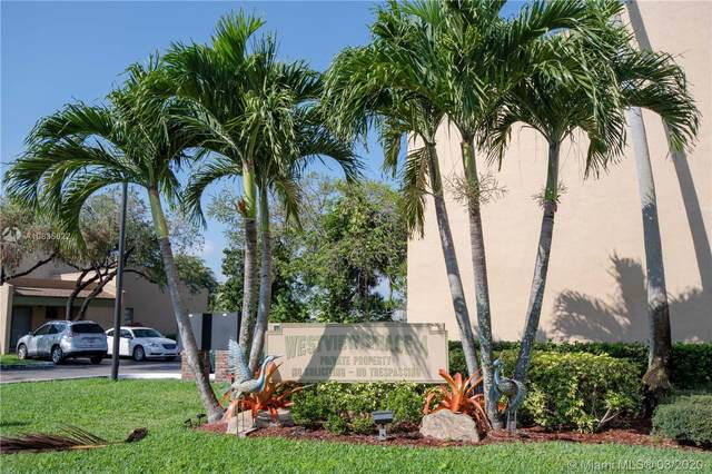 9481 NW 14th Ct, Pembroke Pines, FL 33024 (MLS #A10835622) :: Laurie Finkelstein Reader Team